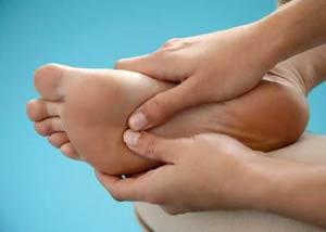 если очень сухая кожа на ступнях и пятках