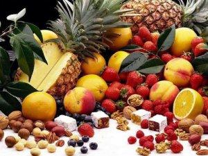Какие витамины пить при угревой сыпи
