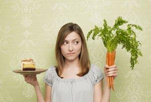 Сидеть на диете или жить в свое удовольствие? Достоинства и недостатки двух популярных диет