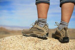 Выбираем кроссовки для похода