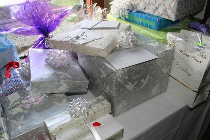 Подарки друзьям на свадьбу