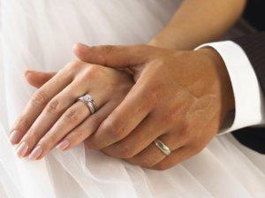Какие выбрать обручальные кольца?
