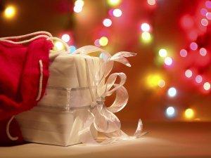 Что можно подарить на Новый год 2016?