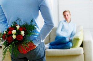 Модный подарок для жены в день 8 марта