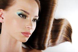 Как покрасить волосы без применения химической краски?