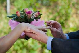 Как добиться от избранника официального заключения брака?