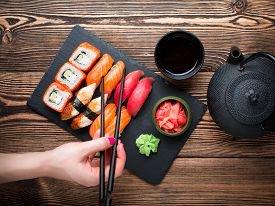 Насколько безопасно есть суши?