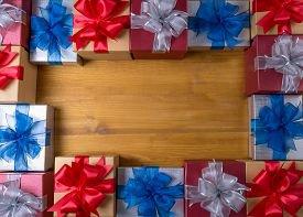 10 идей недорогих и классных подарков на Новый год