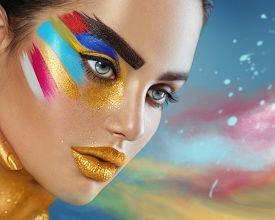 Как макияж влияет на женщин?