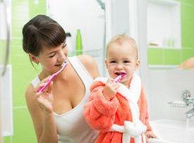 Как научить детей чистить зубки, чтобы надолго сохранить их здоровыми?